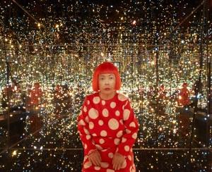 yayoi kusama with fireflies