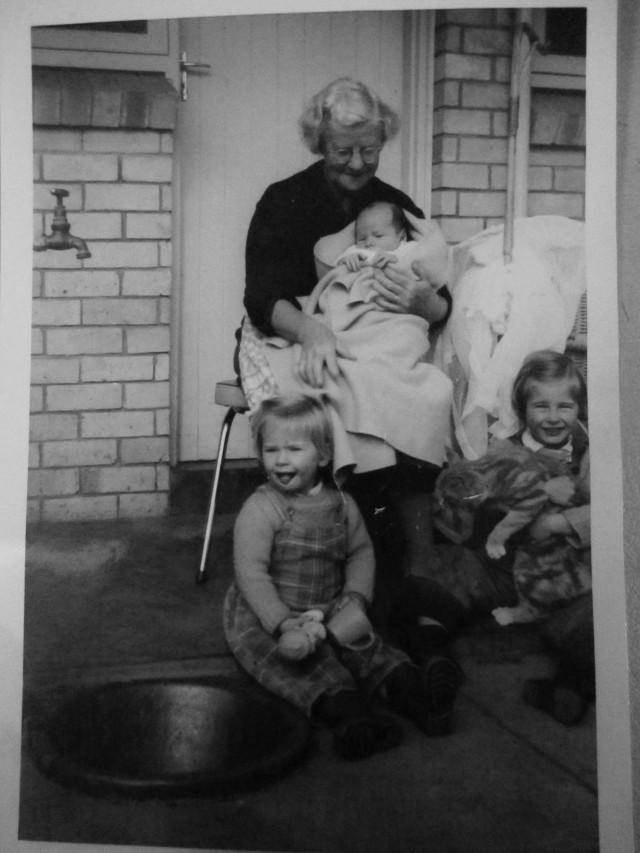 Mama 1961