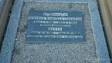 Auntie Betty's grave
