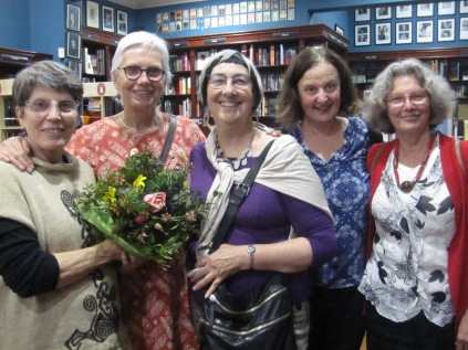 Liz with her beautiful bunch of flowers, Cathy, Marg and Kaye