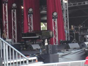 The stage pre-concert (this is as close as I got - we were sitting a ways back by the rotunda)