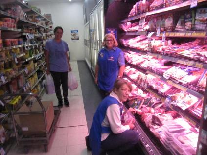 Amanda (customer but also formerly worked at the shop), Maxine (standing) and Karen on the last afternoon!